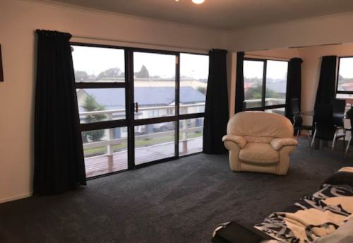 Waiuku, Easy Walk to Town and Schools, Property ID: 55000726 | Barfoot & Thompson
