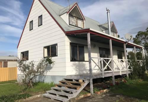 Waiuku, Family Home, Property ID: 55000729 | Barfoot & Thompson