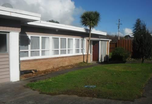 Waiuku, Two Bedroom Unit, Property ID: 55000758 | Barfoot & Thompson