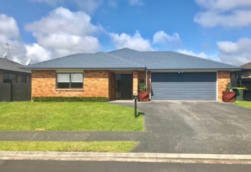 Waiuku, Modern Family Living, Property ID: 55000760 | Barfoot & Thompson