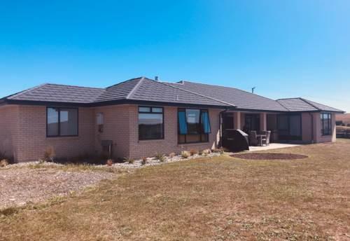 Waiuku, Executive Rural Living, Property ID: 55000761 | Barfoot & Thompson