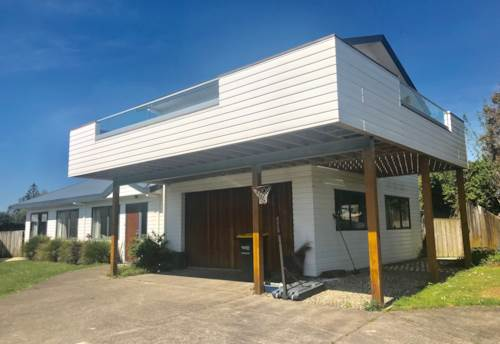 Waiuku, Wide Views, Property ID: 55000765 | Barfoot & Thompson