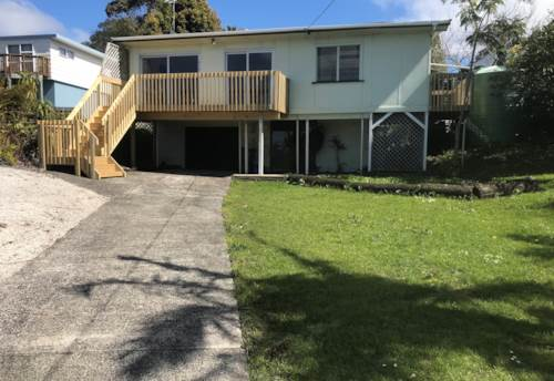 Stanmore Bay, Sunny Elevated Home - 2 Bedrooms, Property ID: 56001267 | Barfoot & Thompson