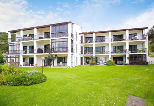 Waiwera, Stunning Apartment on the Beach, Property ID: 56001350 | Barfoot & Thompson