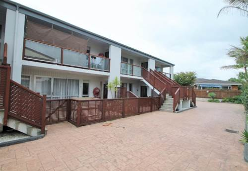 Orewa, Directly opposite the beach , Property ID: 56001461 | Barfoot & Thompson