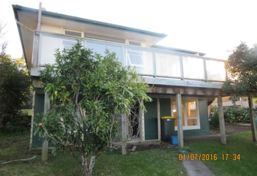 Stanmore Bay, 2 Bedrooms - lots of storage, Property ID: 56001619 | Barfoot & Thompson