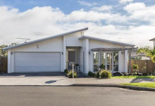 Silverdale, Modern Millwater Living with 4 Bedrooms., Property ID: 56002625 | Barfoot & Thompson