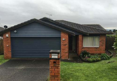 Red Beach, Large Family Home with Central Gas Heating, Property ID: 56002638 | Barfoot & Thompson