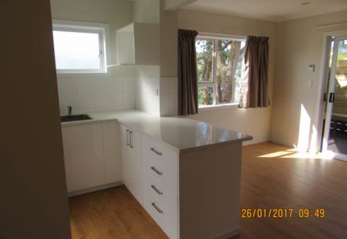 Stanmore Bay, Refurbished 2 bedrooms flat, Property ID: 56002704 | Barfoot & Thompson