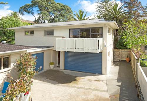 Orewa, SOLID BEACHSIDE LIVING, Property ID: 56002731 | Barfoot & Thompson