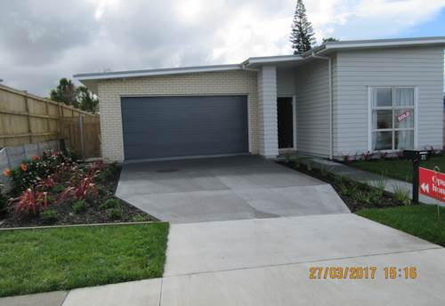 Red Beach, Ex Show Home - 4 Bedrooms, Property ID: 56002758 | Barfoot & Thompson