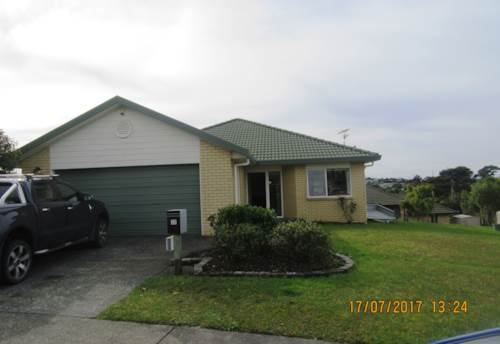 Stanmore Bay, SINGLE LEVEL, BRICK AND TILE FAMILY HOME, Property ID: 56002785 | Barfoot & Thompson