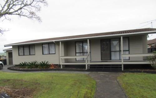 Orewa, Sunny, Single Level 3 Bedroom home., Property ID: 56002795 | Barfoot & Thompson