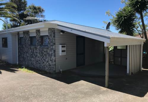 Orewa, FANTASTIC LOCATION, Property ID: 56002827 | Barfoot & Thompson