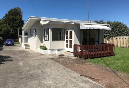 Orewa, Sought After Location , Property ID: 56002877 | Barfoot & Thompson