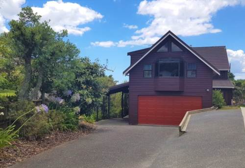 Red Beach, Large Family Home - Fantastic for Extended Family, Property ID: 56002886 | Barfoot & Thompson