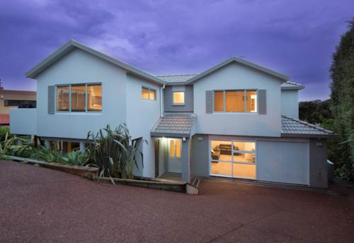 Red Beach, NORTH FACING FAMILY HOME WITH FANTASTIC SEA VIEWS, Property ID: 56002917 | Barfoot & Thompson