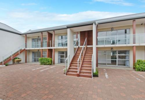 Orewa, Steps To The beach - On The Flat, Property ID: 56002940 | Barfoot & Thompson