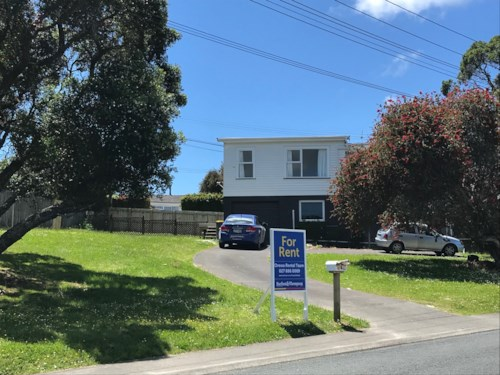 Stanmore Bay, NO LETTING FEES - Family Three Bedroom home, Property ID: 56003039 | Barfoot & Thompson