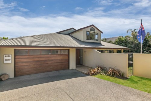 Manly, Manly walk to the beach, Property ID: 56003105 | Barfoot & Thompson