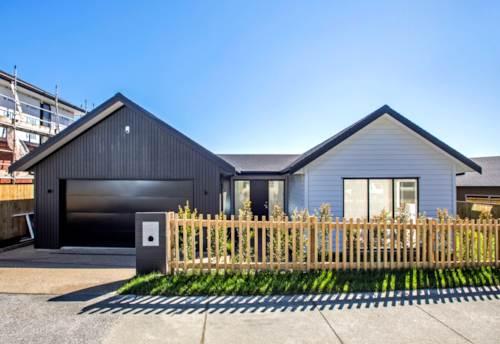Silverdale, Stunning Brand New Home, Property ID: 56003133 | Barfoot & Thompson