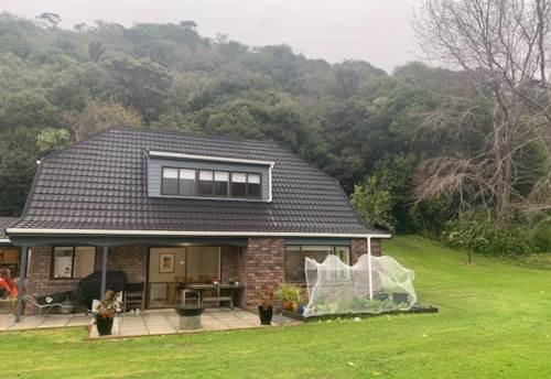 Waiwera, RURAL SETTING - NEWLY RENOVATED, Property ID: 56003173 | Barfoot & Thompson