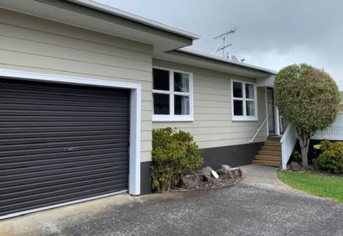 Orewa, Central Orewa with lovely private garden., Property ID: 56003195 | Barfoot & Thompson