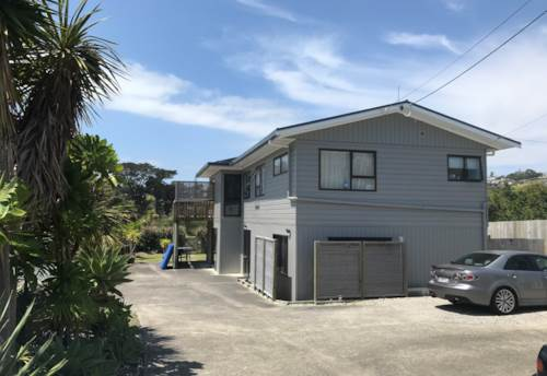 Stanmore Bay, LARGE FAMILY HOME , Property ID: 56003218 | Barfoot & Thompson