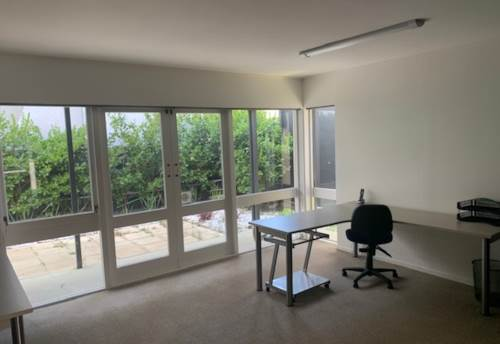 Orewa, OPPORTUNITY KNOCKS - WORK FROM HOME, Property ID: 56003237 | Barfoot & Thompson