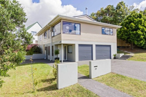 West Harbour, Three bedroom home, Property ID: 58000650 | Barfoot & Thompson