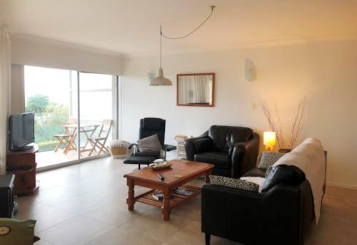 Remuera, Spacious Apartment, Property ID: 58000962 | Barfoot & Thompson