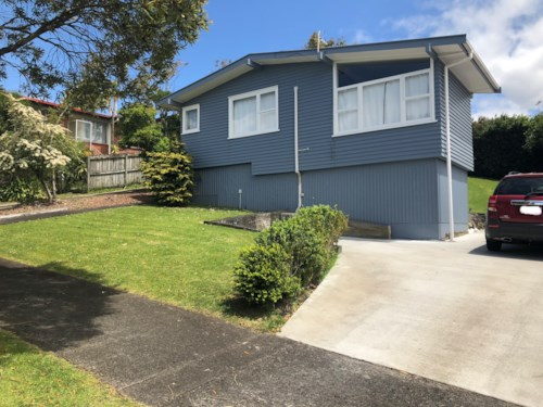 St Johns, Recently Renovated, Property ID: 58001976 | Barfoot & Thompson