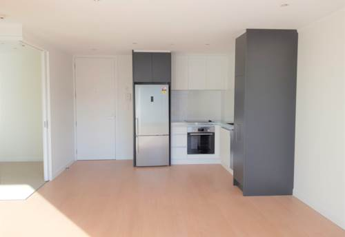 City Centre, Sunny and Spacious Open-Plan, Property ID: 58002017   Barfoot & Thompson