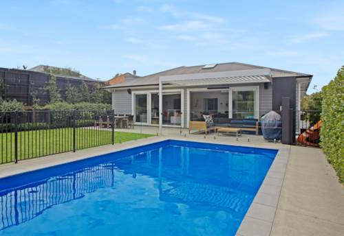 Meadowbank, 3 Bedroom with Pool in Meadowbank , Property ID: 58002040   Barfoot & Thompson