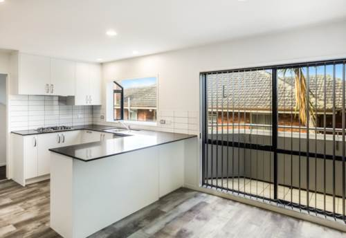 Remuera, 4 Bedroom Townhouse in Remuera , Property ID: 58002042   Barfoot & Thompson