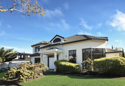St Johns, 5 Bedroom in St Johns , Property ID: 58003062 | Barfoot & Thompson
