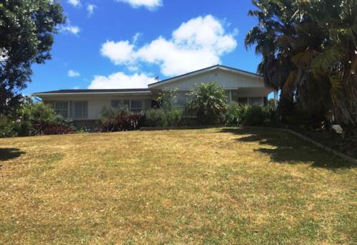 Botany Downs, Quickly Get to Quibray!, Property ID: 59001625 | Barfoot & Thompson
