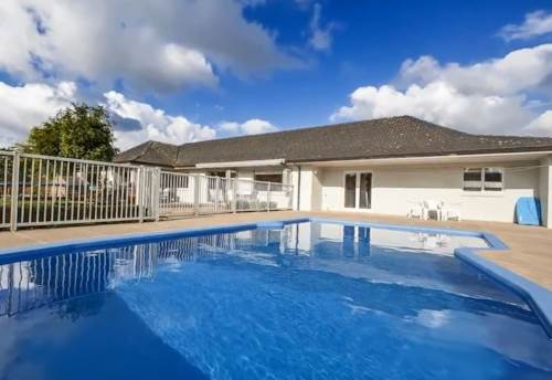Karaka, Paradise, Property ID: 59001737 | Barfoot & Thompson