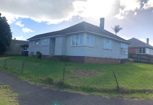 Glen Innes, Ideally Located Home!, Property ID: 59002836 | Barfoot & Thompson