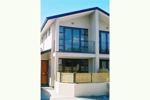Papatoetoe, Beautiful & Tranquil, Property ID: 59002837 | Barfoot & Thompson