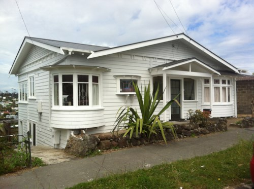 Grey Lynn, Spacious & Ideal Home , Property ID: 59002841 | Barfoot & Thompson