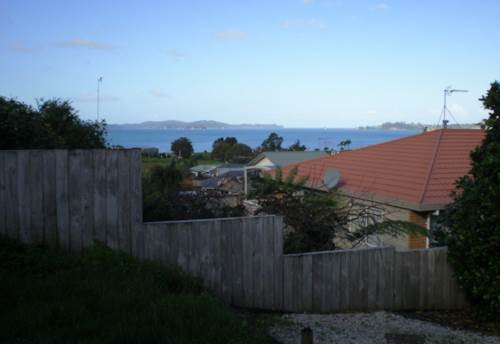 Snells Beach, Walk to The Beach, Property ID: 61000648 | Barfoot & Thompson
