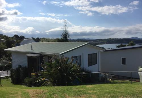 Snells Beach, Warm and sunny with a stunning out look, Property ID: 61000825 | Barfoot & Thompson