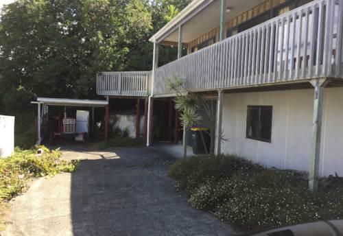 Tawharanui Peninsula, Wonderful family home., Property ID: 61000828 | Barfoot & Thompson