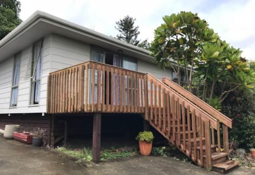 Wellsford, Comfy cottage , Property ID: 61000889 | Barfoot & Thompson