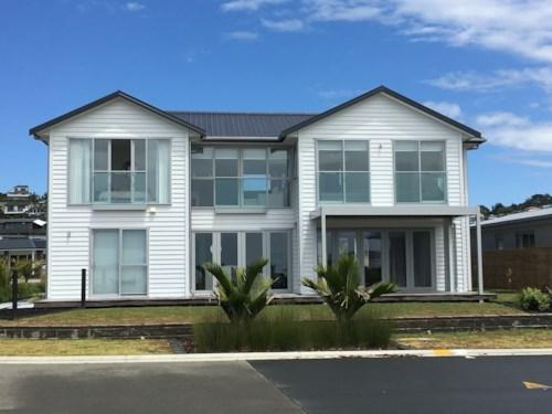 Snells Beach, Living the dream, Property ID: 61000966 | Barfoot & Thompson