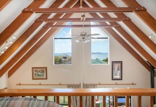 Snells Beach, A PHOTOGENIC STUNNER, Property ID: 61001010 | Barfoot & Thompson