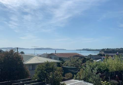 Snells Beach, A SWELL BUILT HOME, Property ID: 61001022 | Barfoot & Thompson
