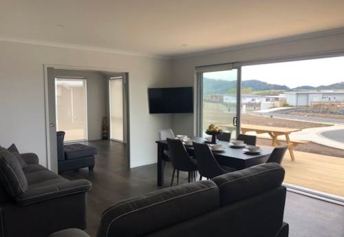 Mangawhai Heads, Built To Impress, Property ID: 61001044 | Barfoot & Thompson