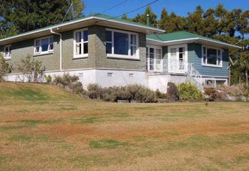 Kumeu, Four bedroom family home, Property ID: 62000559 | Barfoot & Thompson